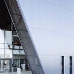 Proyectos en Chile - Edificio Grupo Porsche Chile - revestimientos arquitectonicos aislados